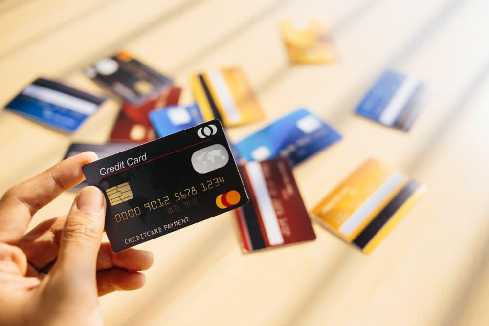 Vakuudeton laina vai luottokortti
